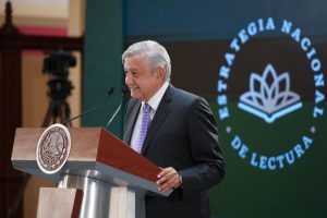 AMLO Estrategia Nacional de Lectura Palacio Nacional