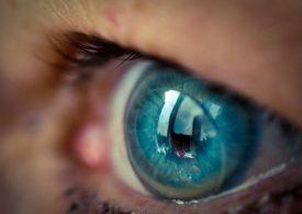 Crean lentes de contacto robóticos con zoom