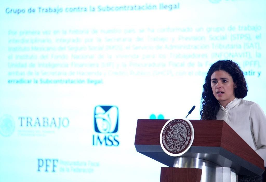 Andrés Manuel López Obrador subcontratación ilegal facturas falsas